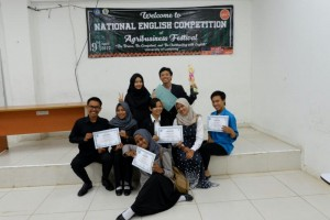 Mahasiswa ITERA Juarai National English Competition 2017