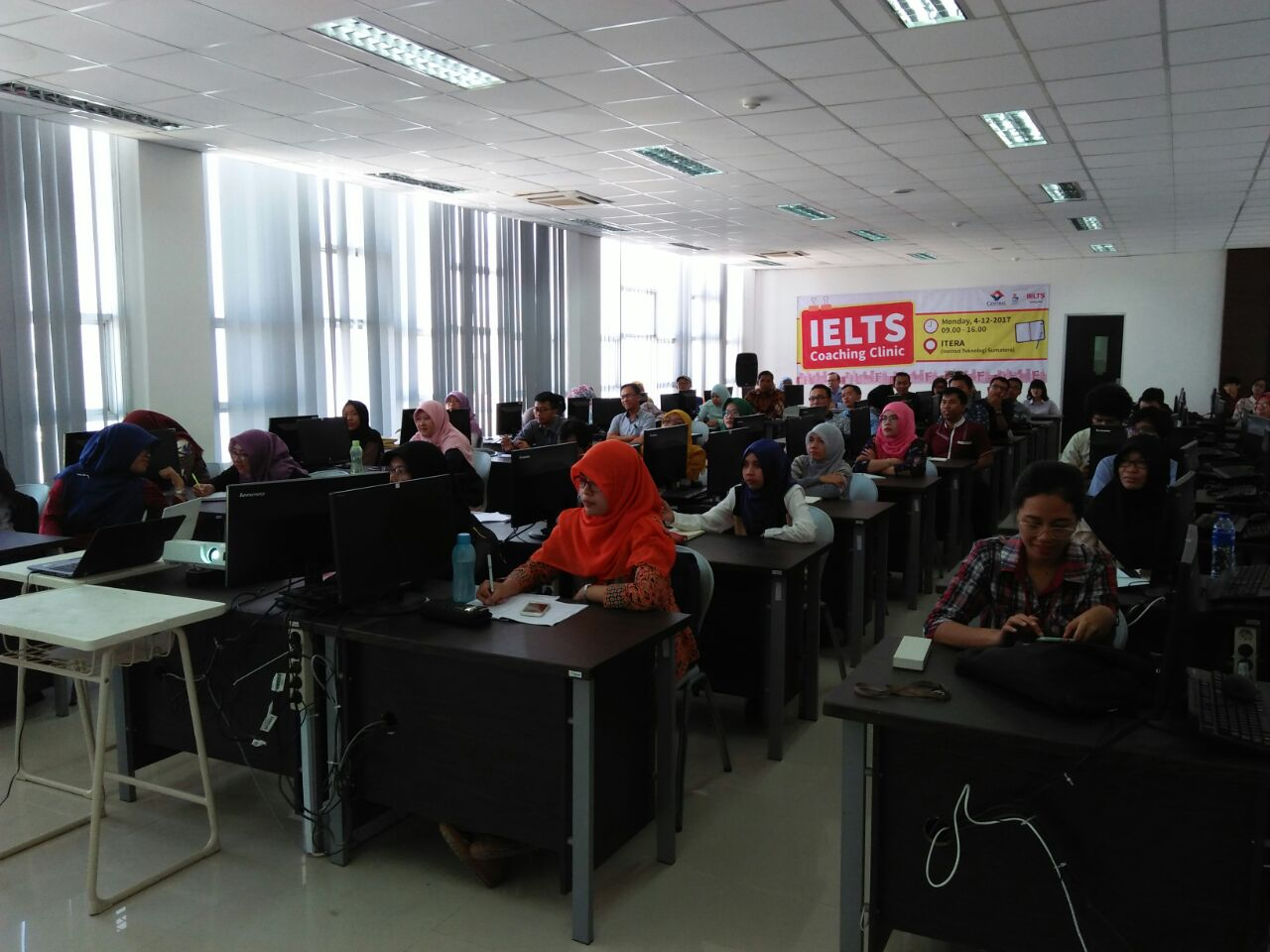 UPT Bahasa ITERA Gelar Workshop IELTS
